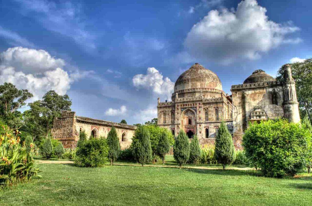 Best things to do in Delhi - Lodhi Garden